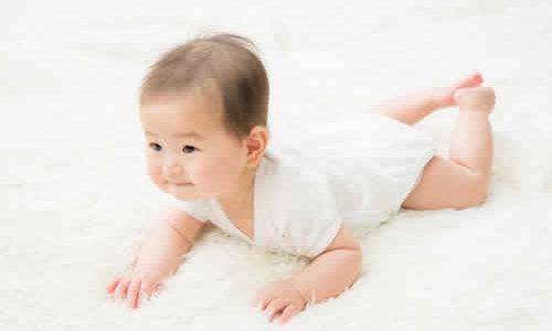 生後7ヶ月になっても続く吐き戻し。小児科で聞いてきた。